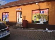 U pokušaju provale u Lux trgovinu zatečen 49-godišnjak