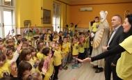 Sveti Nikola i požeški gradonačelnik obišli dječje vrtiće i dječje ustanove