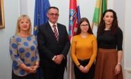 Prijem učenice Ivone Halas kod župana Alojza Tomaševića